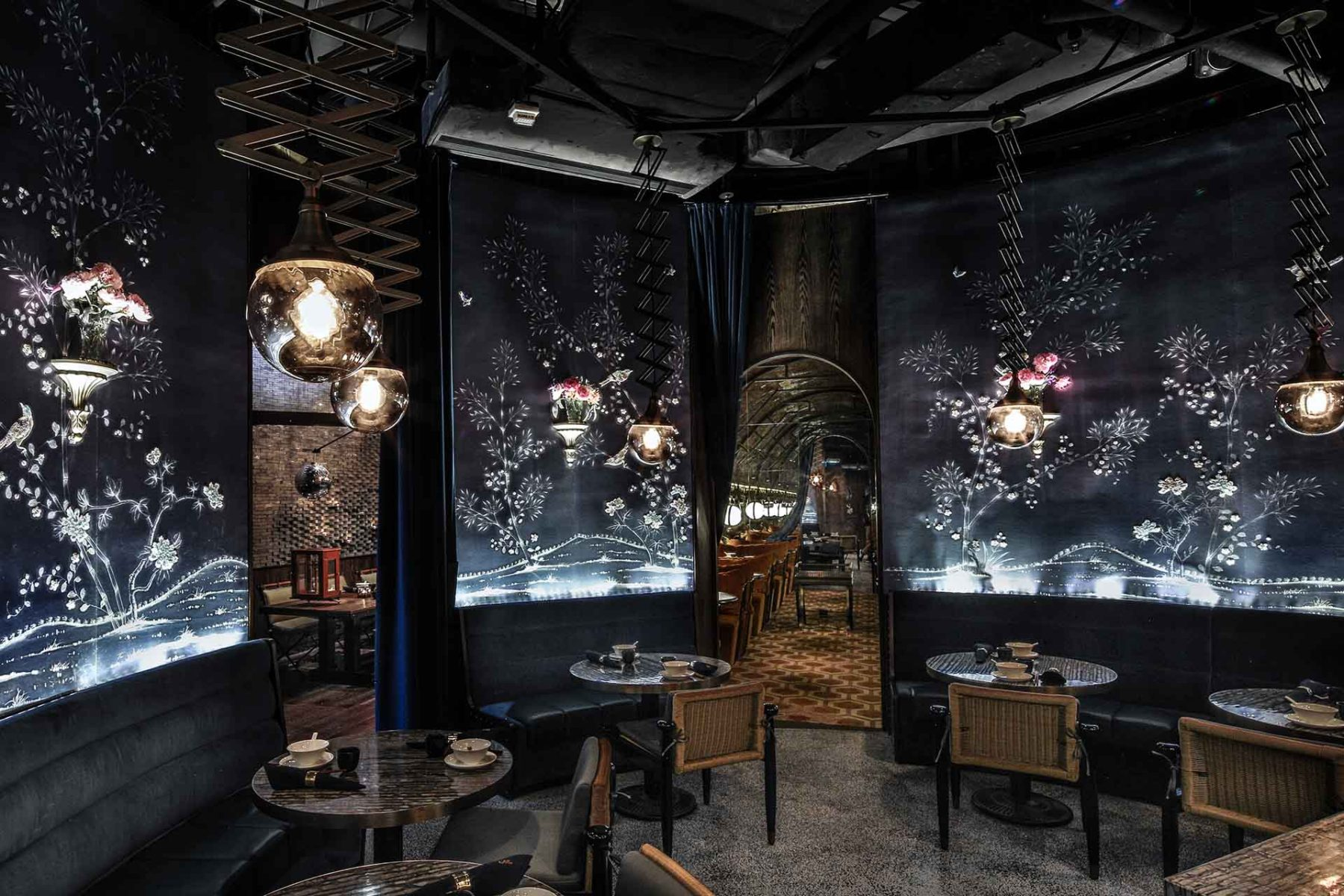 Wang Mott 32 Hong Kong